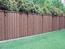 Как возвести забор на даче своими руками
