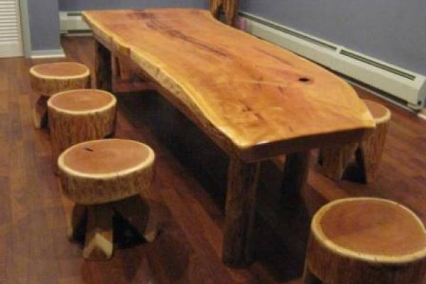 Сделать стол из дерева для дачи своими руками